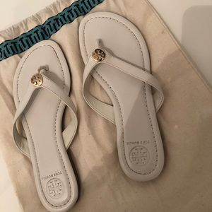 Authentic tory sandals